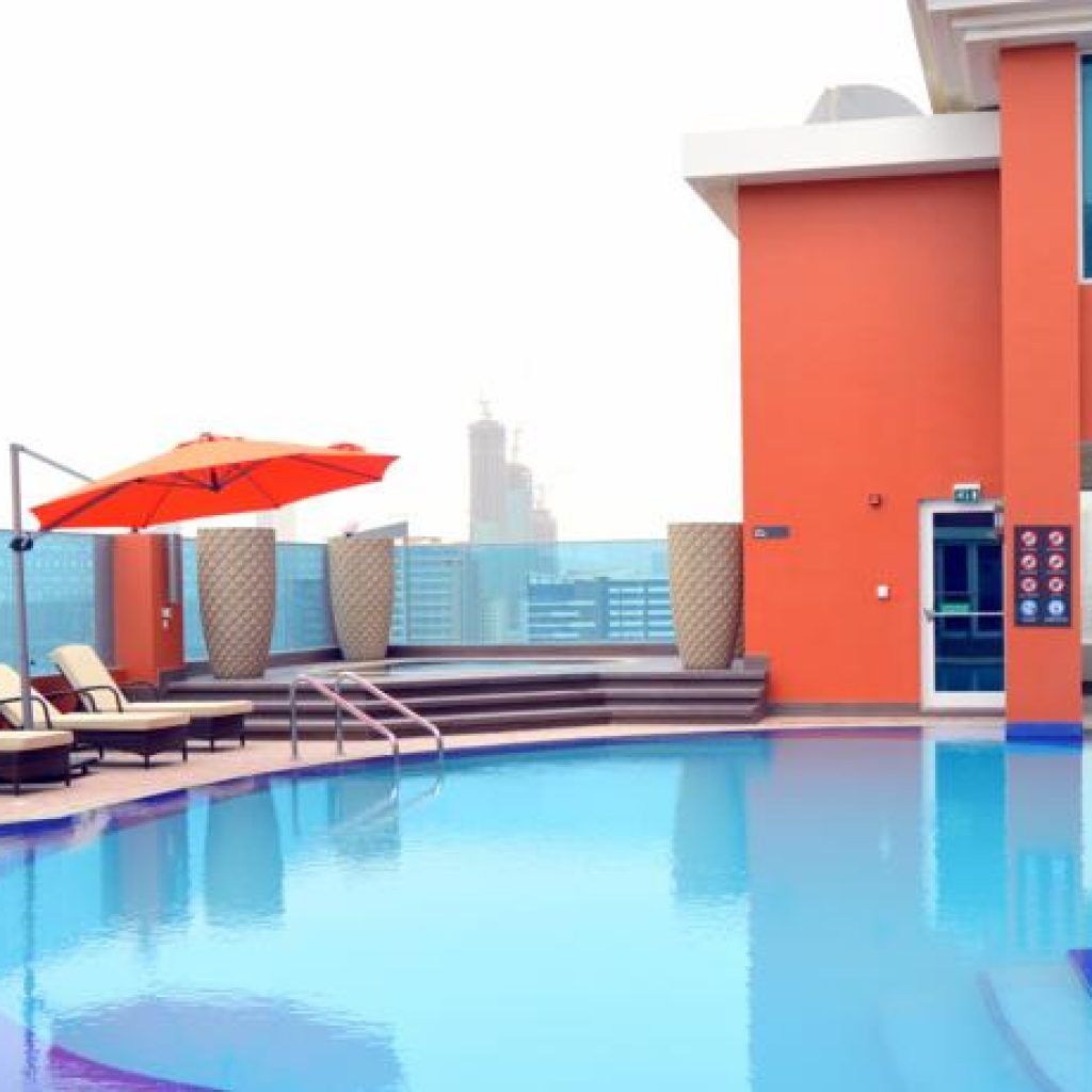 Ramada Inn City Center - Pool